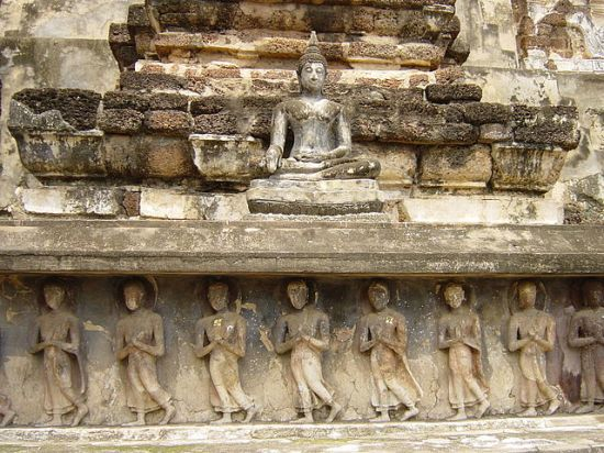 Bas Relief, Suknothan Thailand depicting walking meditation