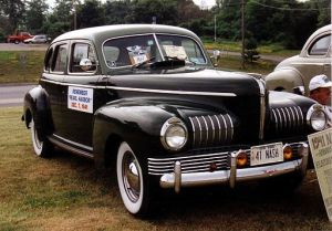 1941_nash_ambassador_black_sedan_%22a%22_ration_sticker