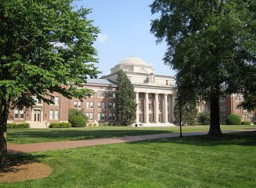 Chambers_Building,_Davidson_College_(Davidson,_North_Carolina)