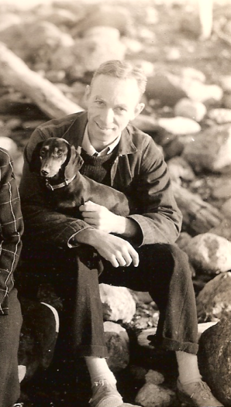 EB_White_and_his_dog_Minnie