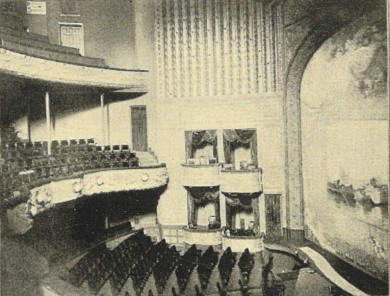 Seattle_Theatre_interior_-_1900